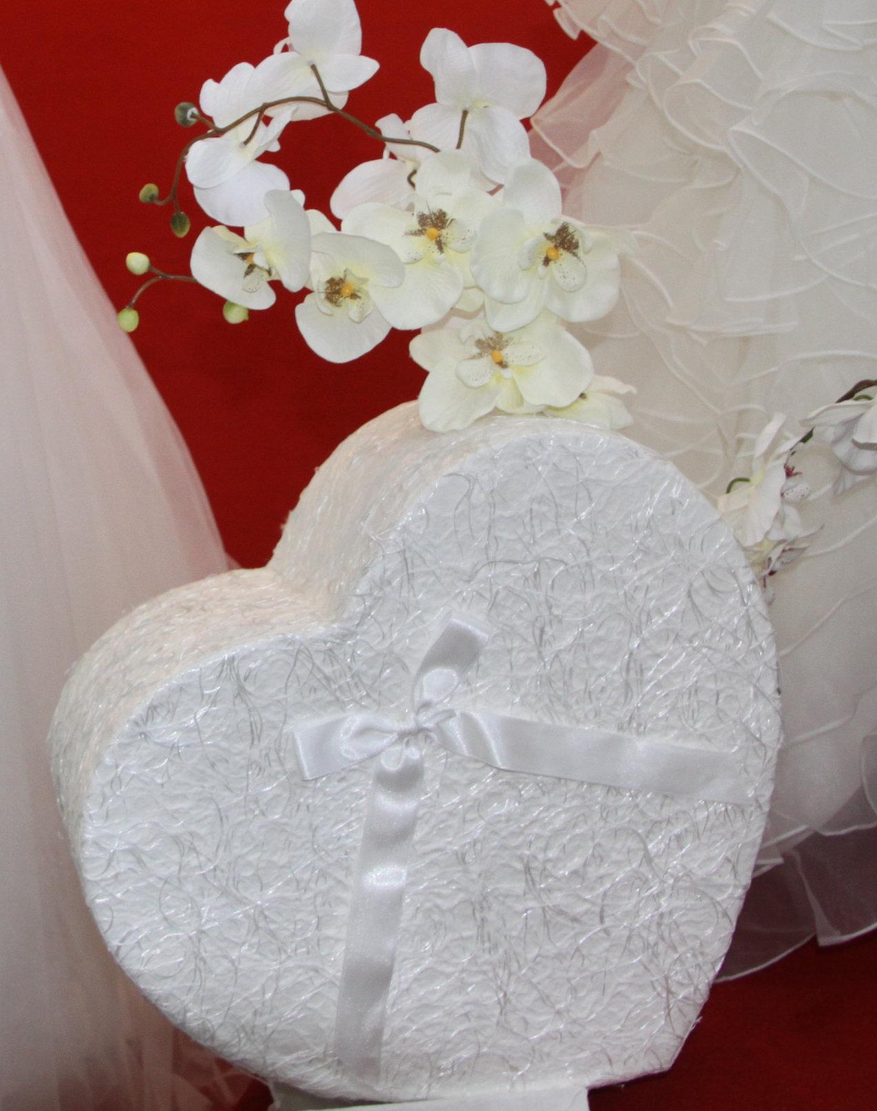geschenkideen zur hochzeit gibt es bei sposa favola in pleidelsheim. Black Bedroom Furniture Sets. Home Design Ideas